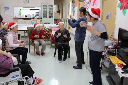 八幡西区山寺町 グループホームいきいき桜苑🌸 クリスマス会①