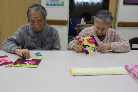 八幡西区山寺町 グループホームいきいき桜苑🌸 おひな様🎎作品作り