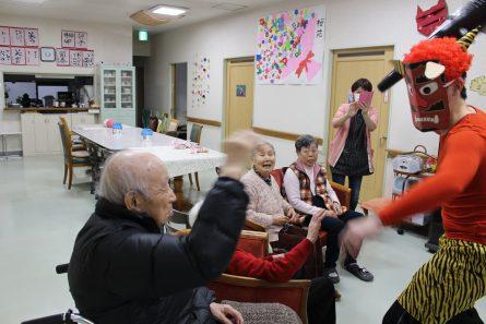 八幡西区山寺町 グループホームいきいき桜苑🌸 お多福くぐり&豆まき👹