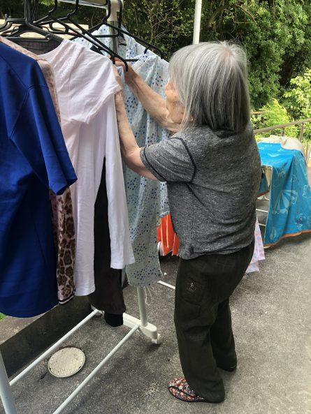お天気の良い日は洗濯物がよく乾きます。